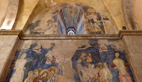 Wandmalereien in der Kreuzfahrerkirche von Abu Gosh