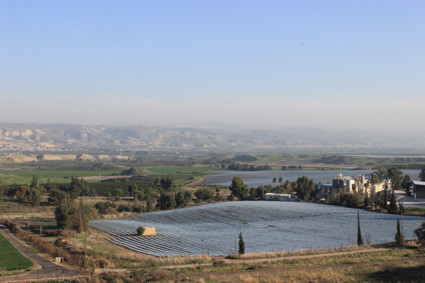 Ausblick über das Jordantal nach Jordanien