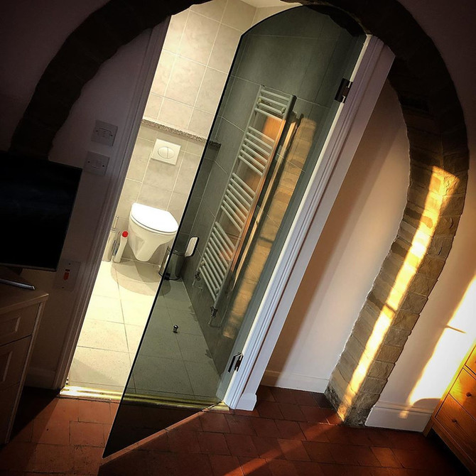 Stunning alcove door installation