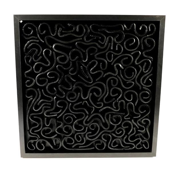 black maze