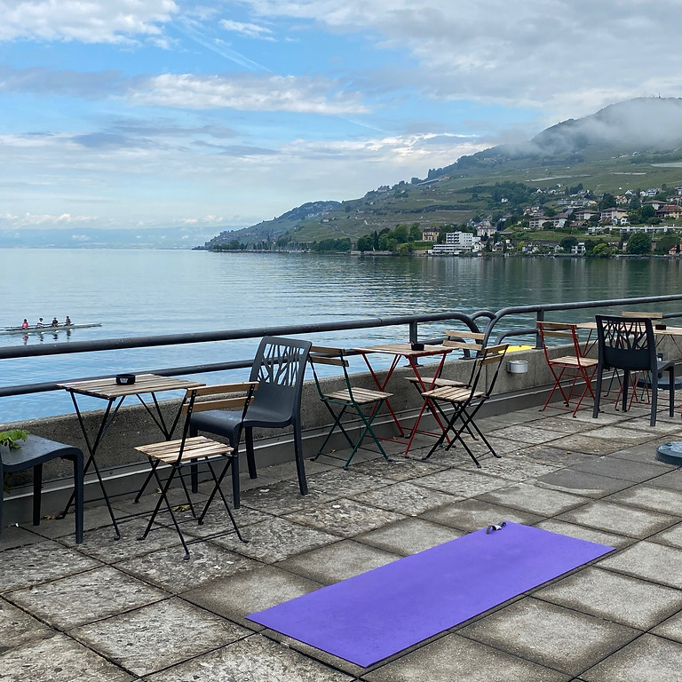 Yoga sur la terrasse!