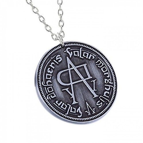 Arya No Face Pendant with Chain