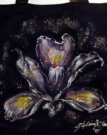 Queen Iris totebag