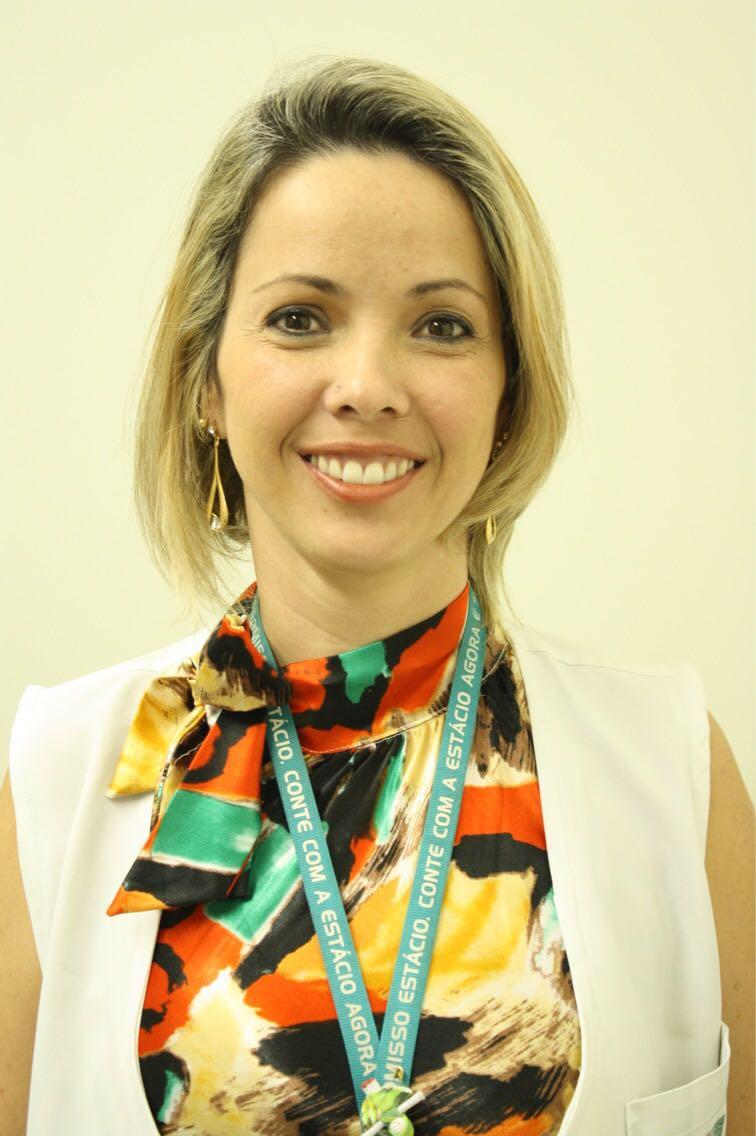 Coordenadora de Pedagogia do Centro Universitário Estácio de Brasília, Hellen Tatiana