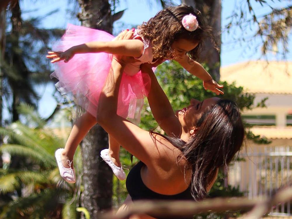 Mãe e filha bailarinas