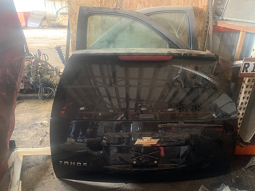 2007 Chevy Tahoe  Back Hatch