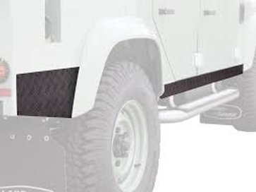 LAND ROVER DEFENDER 110 (1983-2016) SILL PROTECTOR / BLACK - BY FRONT RUNBPLD003