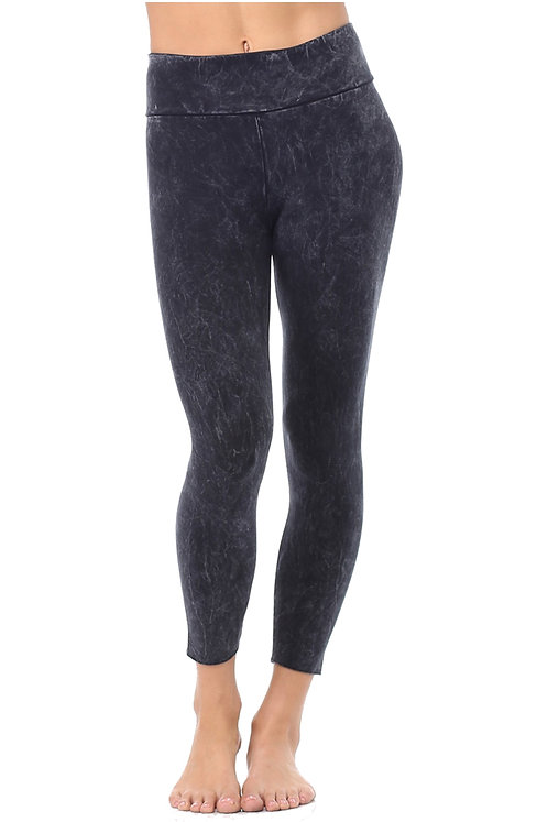 Mineral-Washed Organic Capris