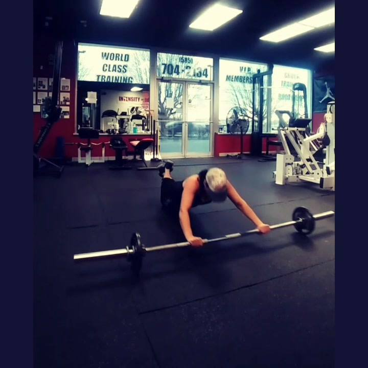 A great total body movement right here, that will for sure make you work.  Clean and Press, into a pushup, into an ab rollout and repeat.   Happy Monday.  @atr_fitness   #smile #gymlife #work #train #trainer #personaltrainer #barbellwork #barbell #co