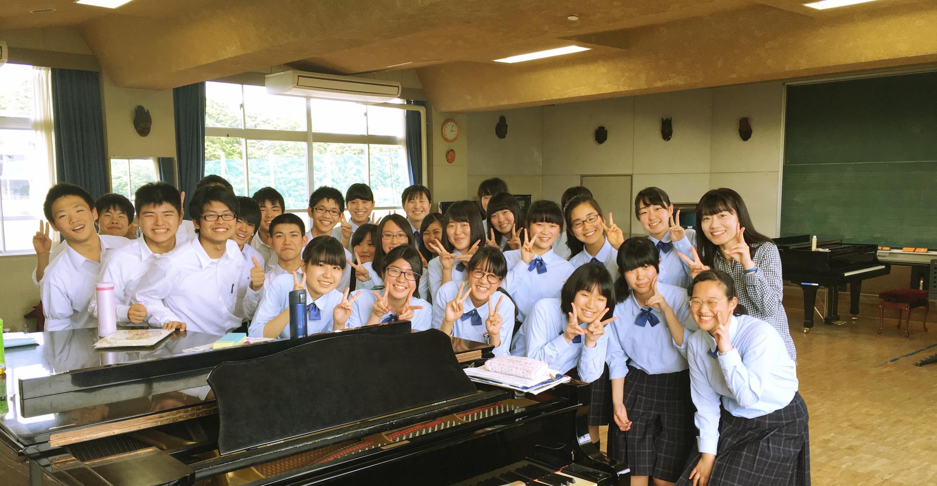 母校・磐城高等学校合唱部レッスンにて。  2016.6