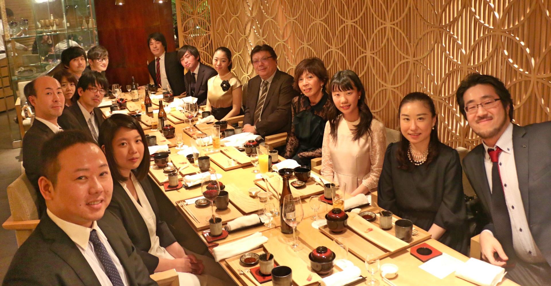 門下生による鈴木輝昭先生を囲む会。先生、ご還暦おめでとうございます。  2018.4