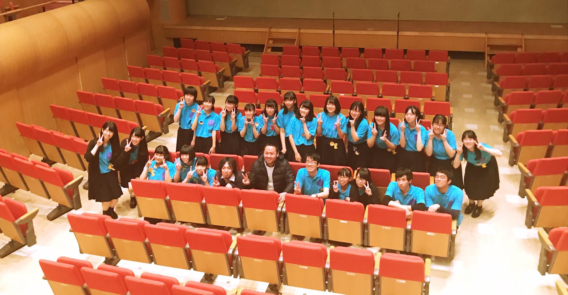 田村高等学校合唱部の皆さんと。  2017.11