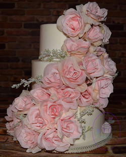 10/8/6 buttercream and silk roses $500