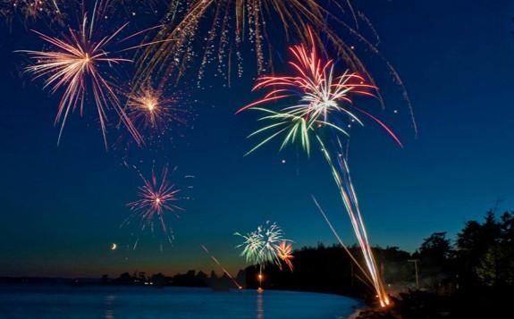 fireworks-lummi-island-horizontal-gallery.jpg
