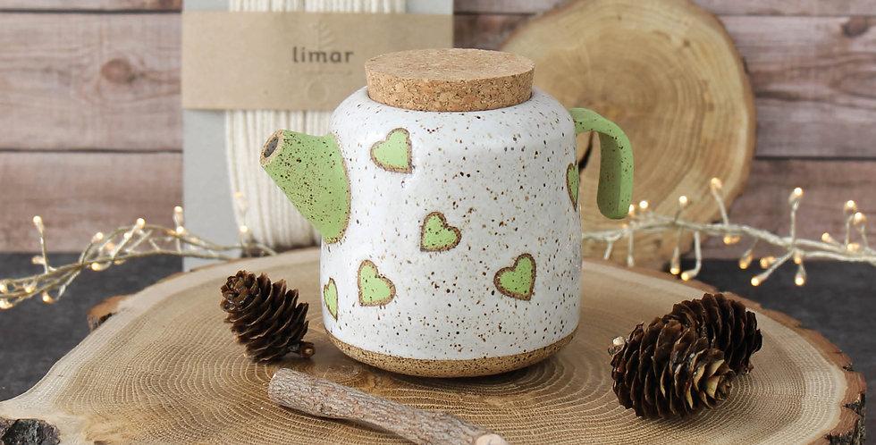 Чайник с сердечками