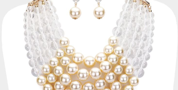 Clear Pearl and ivory necklace set