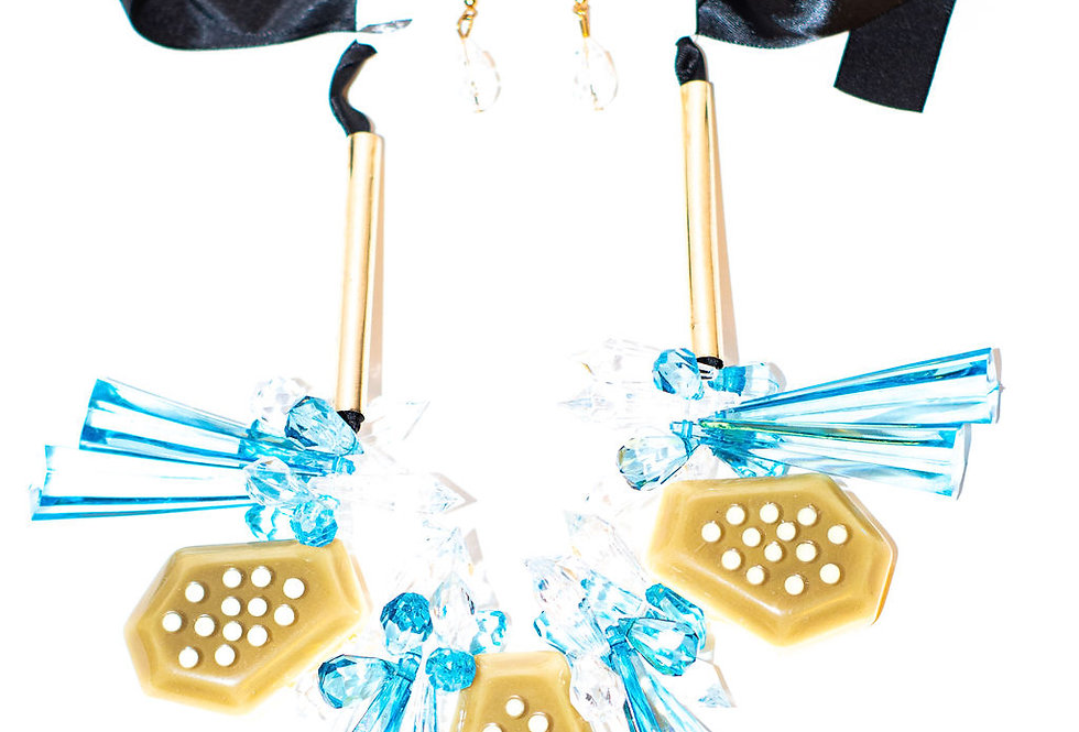 Teal gold necklace