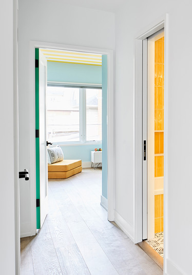 Hallway-detail-s.jpg
