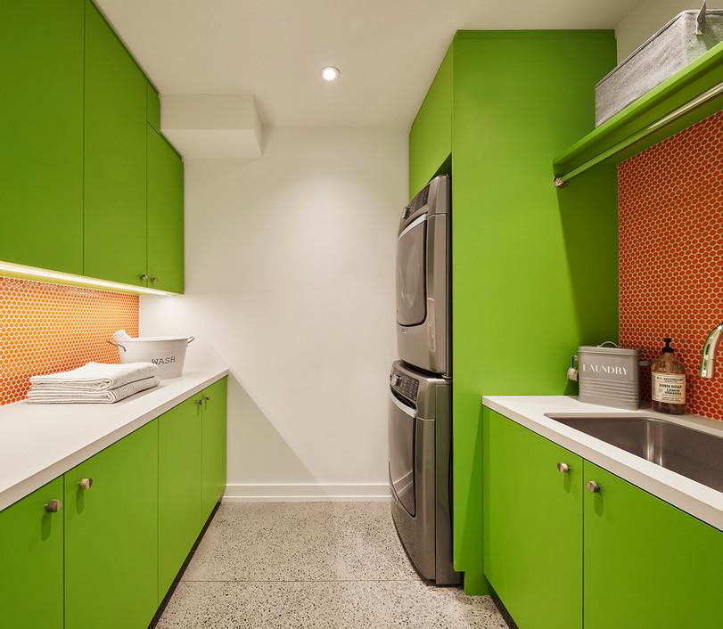 Laundry room-s.jpg