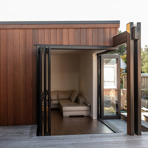 Step down from courtyard into Living spa