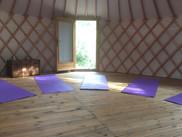 gites du raby espace yoga yourte copie.j