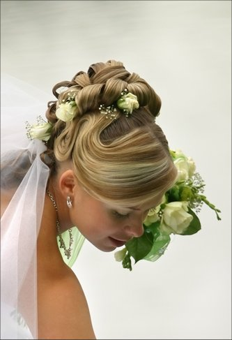 wedding-hairstyle-curl-up-do2[1]