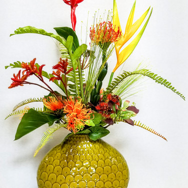 Tropical Upright Arrangement