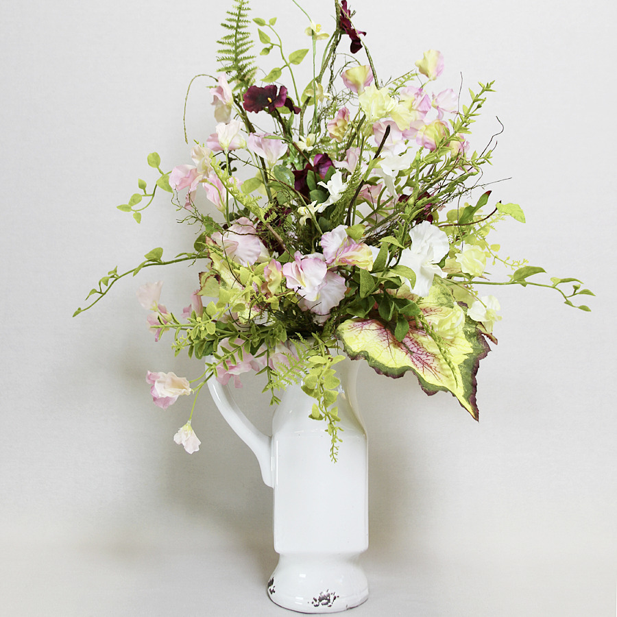 Sweetpea Drop-In Bouquet