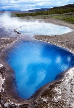 Geyser Iceland by Dave Currey