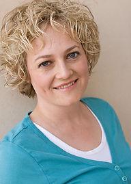 Annie Bailey Headshot.jpg