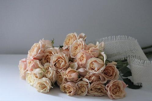 10 Sahara Spray Roses bouquet