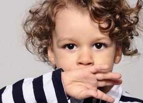 Ребенок не говорит. Когда пора принимать меры?