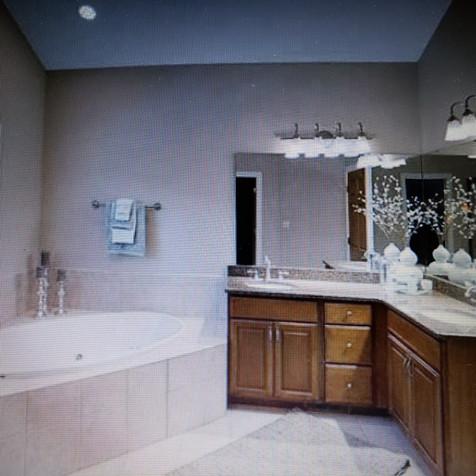 Master Bath post-staged