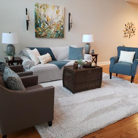 Joni Gabriel - 4 Living Room.jpg