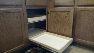 Your cabinet with the unusable corner can now be fully utilized. With our blind corner solution, we bring out the corner so it is easy to use and maximizes the space you already have!