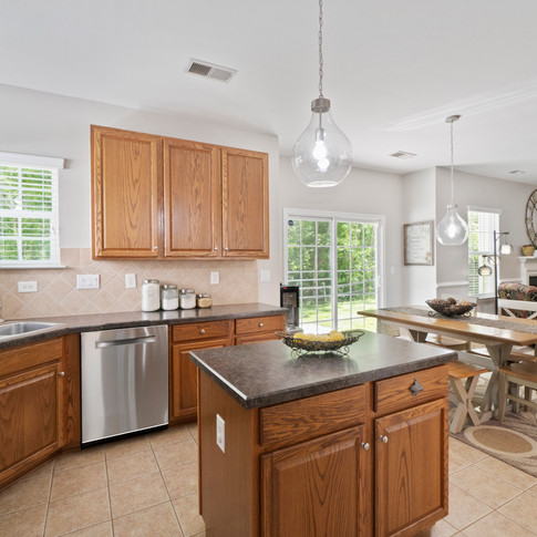 081721 Kitchen dining and family room.jpg