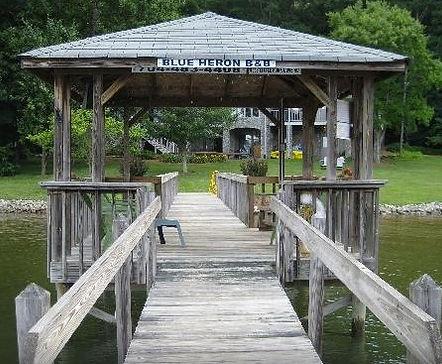 Blu Heron Bed & Breakfast Boat House