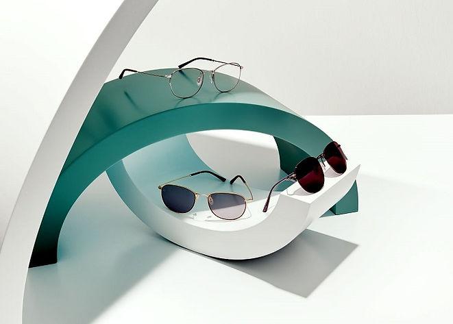 Selbsttönende-Brillengläser_Fernbrille_R