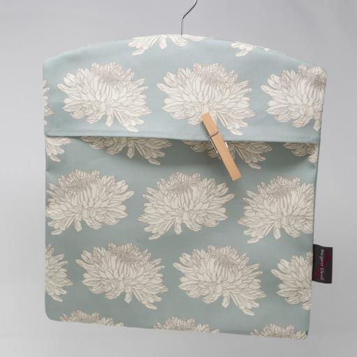 Cream Chrysanthemum Duck Egg Peg Bag