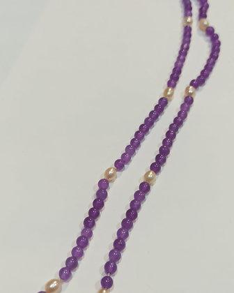 Collar de amatistas y perlas