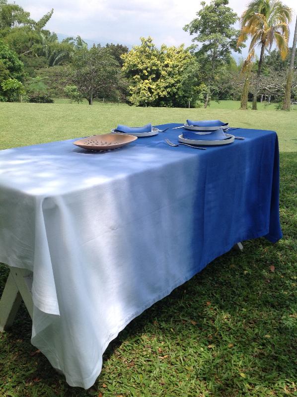 mantel tie dye azul 1