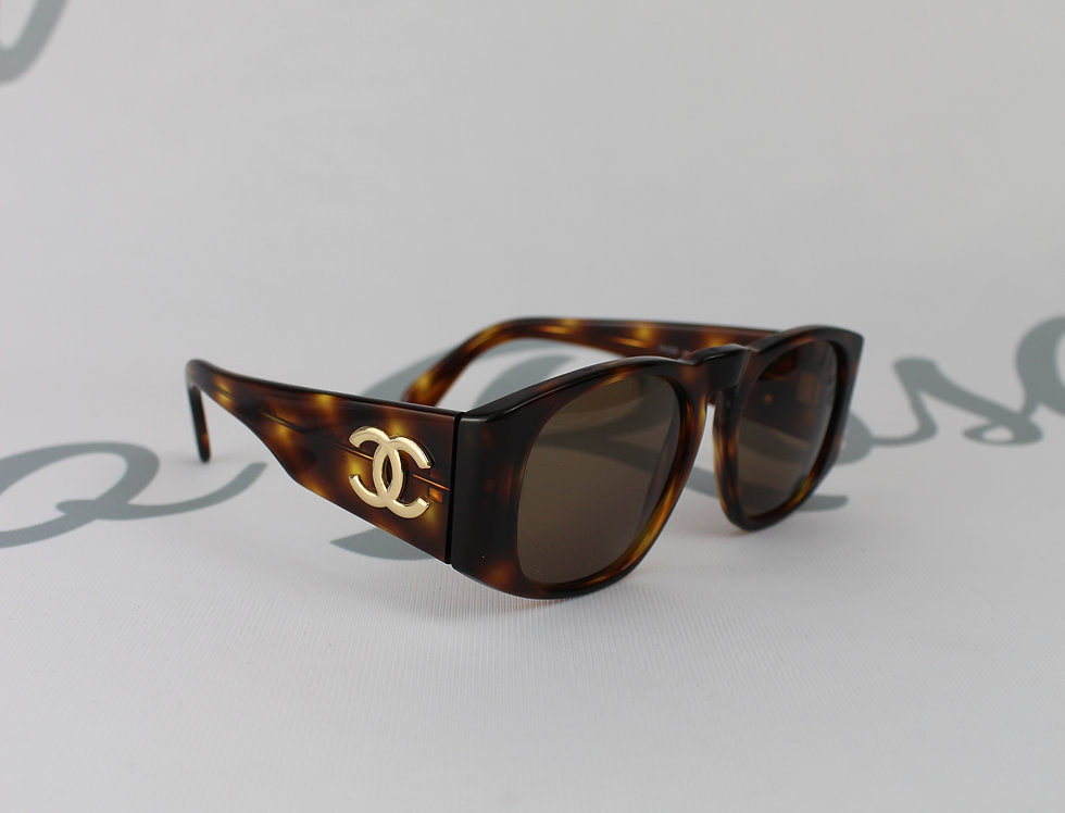 Vintage Chanel Tortoise Shell Look Frame Sunglasses