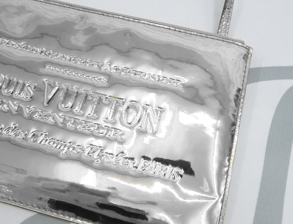 Louis Vuitton Limited Edition Silver Miroir Pochette Clutch