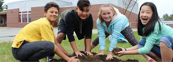 kids%20planting_edited.png