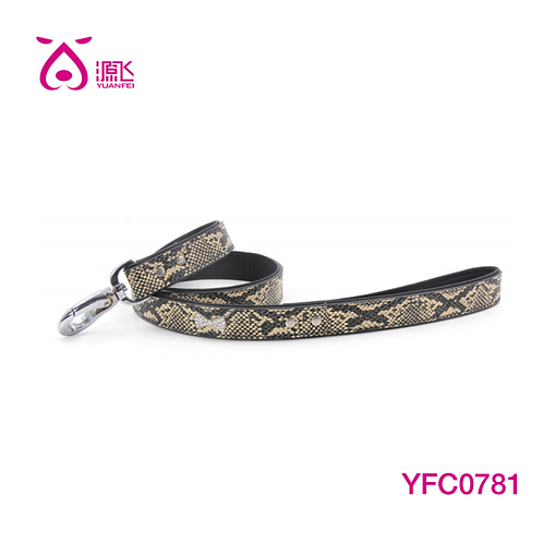 Snake Diamante Bowyie Leash L