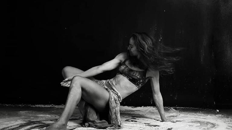 כוראוגרפיה לאומנויות הקרקס - כיתת אמן עם אינס לורקה
