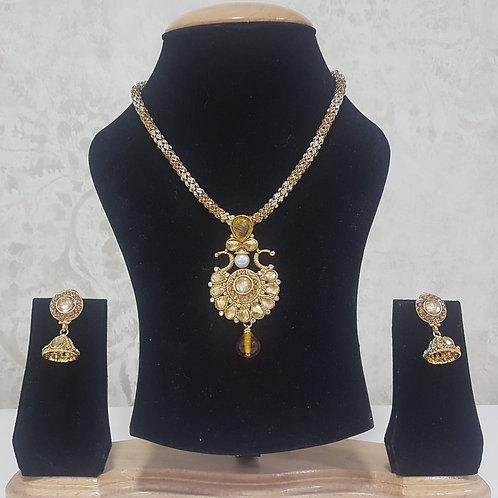 Gold Pendant 0008