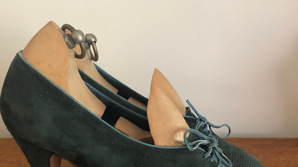 1940's style (but 1970's/1980's) Antonio Lopez Green Suede Lace Ups - Size 5 UK