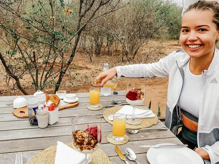 Rikkalik hommikusöök meie lodges