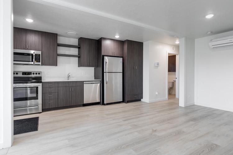 2415 Everett Interior Kitchen.jpg